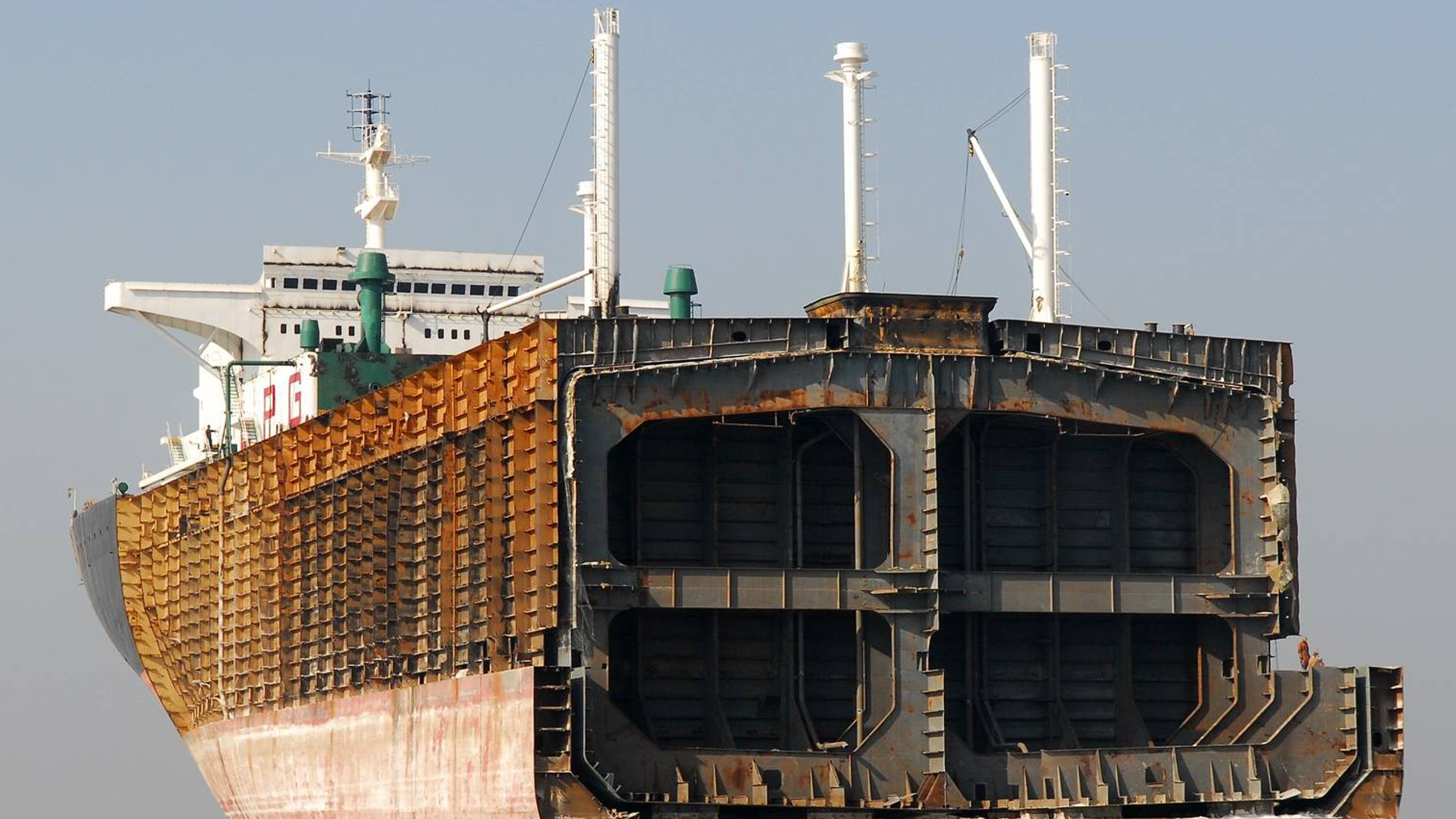 Ships from MSC, Evergreen and ZIM sold for demolition